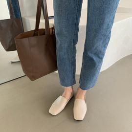 Fashion Square Toe Flat Single Shoes  NSHU33858