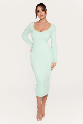 Solid Color Long-sleeved Knitted Dress NSSE35201