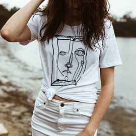 Fashion Abstract Face Graphic T-shirt NSSN43076