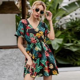 Fashion V-neck Floral Stitching Dress NSGHY46515