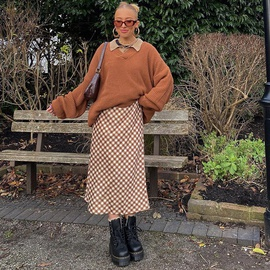 Retro Casual Plaid Mid-length Skirt  NSLQ40154