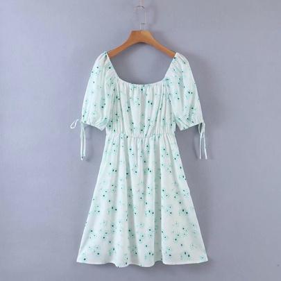 Retro Floral Lace-up Square Neck Dress NSAM50393