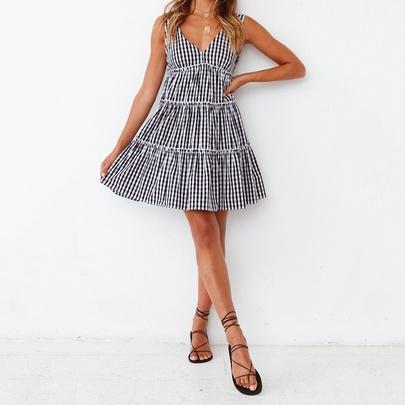 V-neck Low-cut Sexy Backless Sleeveless Plaid Loose Printed Dress  NSJR52527