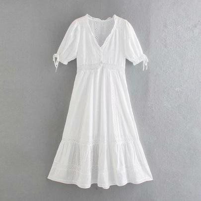 Solid Color Short-sleeved V-neck Flower Embroidery Lace Hollow Dress  NSAM54283